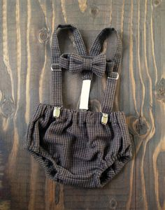 Cake Smash Outfit - baby suspenders - baby boy neck tie - boy diaper cover - Baby bow photo prop - newborn prop - seersucker