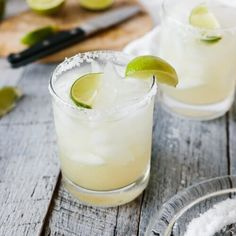 The classic margarita is a delicious party staple that everyone should know how to whip up. My recipe is easy to make (and easy to remember the ratios) and doesn't have any added sugar. Enjoy this classic margarita on the rocks or frozen. Mango Margarita, Best Margarita Recipe, Margarita On The Rocks, Margarita Recipes, Perfect Margarita, Refreshing Summer Cocktails, Summer Drinks, Grand Marnier, Drinks Alcohol Recipes