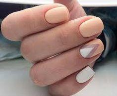 Картинки по запросу гель лак на короткие ногти