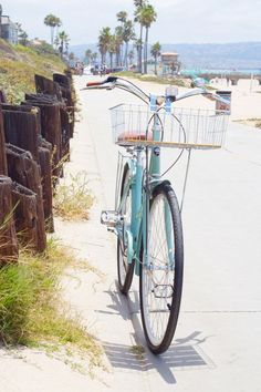 Manhattan Beach, CA bike path | Beach picture
