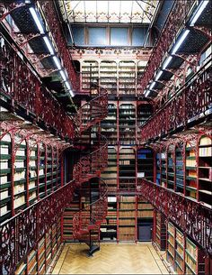 """Libraries"" by photographer Candida Höfer"