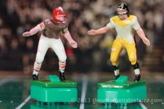 1967 Tudor Electric Football Browns and Steelers