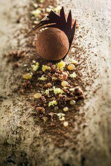 Truffe au chocolat, caramel aux épices de Pascal Devalkeener et Jean Galler
