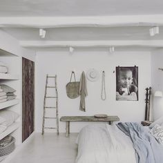 We have some hot days here in Belgium... Linen sheets are perfect for hot summer nights. The bedroom in our Interior shop is pure white with some driftwood details. I love this bedroom and its lovely ceiling. #linen #hotsummernights #whiteinterior #ibizastyle #bedroomstyling #couleurlocaleinterior #knokke #driftwood