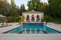 Kris Jenner House: Inside Her Calabasas Mansion Casa Da Kris Jenner, Kris Jenner House, Pool Cabana, My Pool, Casa Kardashian, Kardashian Jenner, Chris Kardashian, Kardashian Family, Luxury Houses