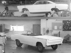 History - Comets old drag cars lets see pictures Funny Car Racing, Nhra Drag Racing, Funny Cars, Cool Car Pictures, Space Frame, Vintage Race Car, Drag Cars, Vintage Humor, Car Humor