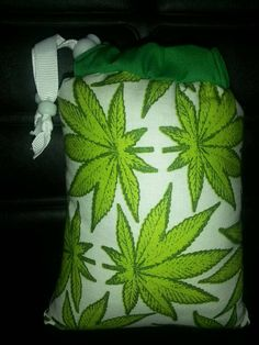 Check out this item in my Etsy shop https://www.etsy.com/listing/207418035/spoon-sized-marijuana-leaf-print-on