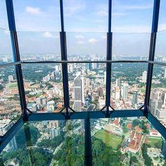 AMWTOUR TRAVEL BLOG: Wisata ke KL Tower, Apa Saja Aktivitasnya?