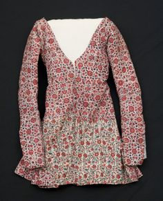 Caraco  National Trust Inventory Number 1348750 Date1790 - 1810 MaterialsCotton, Linen, Metal CollectionSnowshill Wade Costume Collection, Gloucestershire (Accredited Museum)