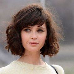 The Best Short Hairstyles of 2018 So Far Bottom-Heavy Bob Source by lifestylefifty Short Hairstyles For Thick Hair, Layered Bob Hairstyles, Short Hair Cuts, Easy Hairstyles, Curly Hair Styles, Natural Hair Styles, Pixie Haircuts, Brushed Out Curls, Bob Haircut With Bangs