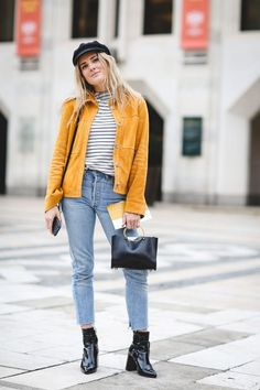 Looking good, Lucy Williams. We love the turmeric hue and the nod to the patent leather trend. #refinery29 http://www.refinery29.com/2016/12/133987/best-street-style-2016#slide-25