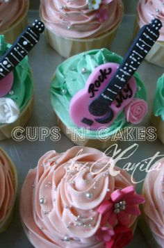 Guitar toppers by Cups 'n' Cakes by Hanita, via Flickr