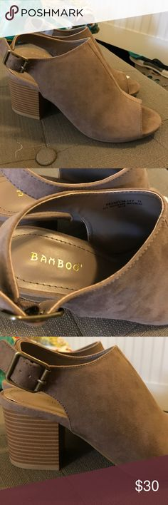 NWT Bamboo Chunky Heels! Never worn, beautiful shoes with thick heel in taupe color. Bamboo Shoes Sandals