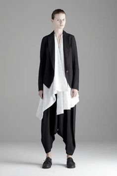 forme d'expression ss 2012    hate the trousers (this style always makes me think of kids with full nappies) but love the blouse and jacket