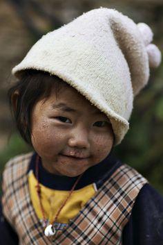 Gangtruk girl in Nepal by Ray maï, via Flickr