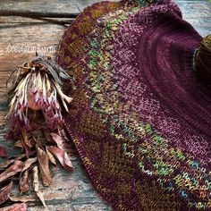 If you're anything like me you would love this #knittingpattern and it will soon be released 🎊 Pattern:- @sprucelanedesigns… Yarns, Stitches, Knitting Patterns, Rugs, How To Make, Decor, Farmhouse Rugs, Stitching, Knit Patterns