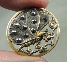 BRASS PICTURE BUTTON ~ BUTTERFLY METAL