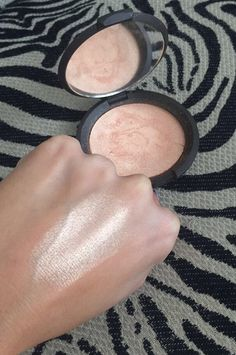 Champagne pop by Becca Cosmetics