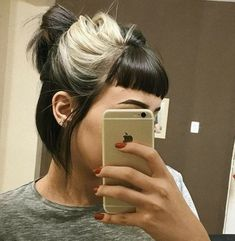 shorthairdos hairstyles blondes black color ideas hair 33 Hairstyles black hair color blondes 33 IdeasYou can find Hairstyles and more on our website Hair Color For Black Hair, Cool Hair Color, Black Blonde Hair, Black Hair Bangs, Blonde Brunette, Edgy Hair Colors, Short Black Hair, Black White Hair, Black Silver