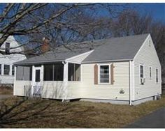 $265,000 SMALL RANCH IN WONDERFUL AREA. CLOSE TO JERICHO & SAND HILLS BEACH. NOT TOO FAR FROM SCITUATE HARBOR WITH ITS SHOPS & RESTAURANTS AS WELL AS THE LIGHTHOUSE. HOUSE NEEDS WORK, BUT HAS GREAT POTENTIAL.
