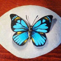 #росписькамней #бабочка #бабочканакамне
