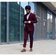 Pinned from the blog Singh Street Style: This fab blog covers urban Sikh men's fashion, and while we haven't yet created our men's skincare range (watch this space), this blog holds a special place in our heart as the mages embody Indian cultures within the UK (just as UrbanVeda do!) x