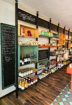 Retail Interior, Cafe Interior, Shop Interior Design, Deli Shop, Deli Cafe, Barn Cafe, Gift Shop Interiors, Juice Cafe, Mini Store