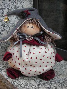 Fabric Doll Pattern, Fabric Dolls, Doll Patterns, White Christmas Ornaments, Handmade Christmas, Christmas Crafts, Hobbies And Crafts, Diy And Crafts, Elves And Fairies