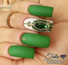 Unhas decoradas do Brasil - Unhas da Copa 2018 Green Nail Art, Green Nail Polish, Green Nails, Glam Nails, Bling Nails, Beauty Nails, Indian Nail Designs, Nail Art Designs, Indian Nails