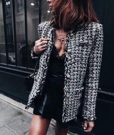 Jacket tweed blazer tweed blazer autumn blazer black and white fall outfits autumn/winter classy Fall Blazer, Tweed Blazer, Tweed Jacket, Blazer Fashion, Fashion Outfits, Womens Fashion, Latest Fashion, Fashion Trends, Look Fashion