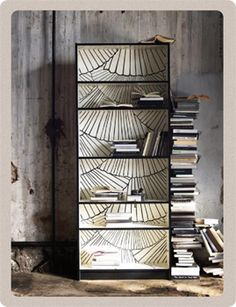recouvrez vos fonds d'armoire de papier-peint, DIY