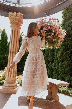 Sicily Dress - Champagne Lining – Ivy City Co Unique Dresses, Elegant Dresses, Pretty Dresses, Beautiful Dresses, Hijab Evening Dress, Hijab Dress Party, Evening Dresses, Floral Homecoming Dresses, Wedding Dresses