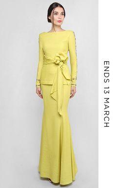 61 Ideas fashion 2018 trends party for 2019 Modest Fashion Hijab, Muslim Fashion, Fashion Dresses, Dress Brukat, Party Dress, Fashion 2018 Trends, Trendy Fashion, Dress Sketches, Modest Dresses