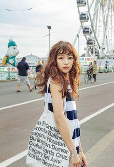 fy! park seul. curly-haired girl. korea fashion. cute. baby.