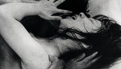 Woman In The Dunes, Starring: Eiji Okada, Kyoko Kishida and Hiroko Ito.