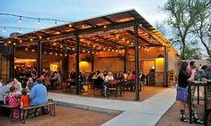 Backyard Pergola Videos - Triangle Pergola Plans - Backyard Pergola With Fireplace - - Pergola Bioclimatique Bois Outdoor Restaurant Patio, Rustic Restaurant, Outdoor Cafe, Bar Deco, Austin Bars, Austin Tx, Indoor Outdoor, Outdoor Patios, Le Hangar