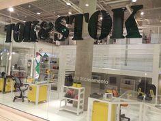 A Tok&Stok surgiu em 1978, fruto do empreendedorismo do casal Régis e Ghislaine Dubrule, recém-chegado da França ao Brasil. Presente em diversos estados do Brasil, e também no Distrito Federal, com lojas distribuídas em várias cidades brasileiras, a Tok&Stok é referência em móveis e decoração no Brasil.