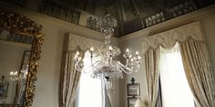 Venetian custom made chandelier - Four Seasons Florence #Soirée Collection #chandelier #interiors #elegance