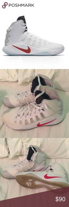 Men's 2016 hyperdunks Men's Nike hyperdunks. Used, but in great condition! Nike Shoes Athletic Shoes