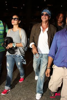 Shah Rukh Khan and Kajol arrive in Mumbai after finishing 'Dilwale' shoot in Bulgaria