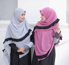 Abaya Fashion, Muslim Fashion, Fashion Dresses, Hijabi Girl, Muslim Dress, Beautiful Hijab, Pashmina Scarf, Mode Hijab, Hijab Outfit