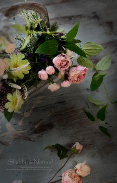 シャビーシック & フレンチスタイル フラワーアレンジ ~ シャビー&ナチュラル ギャラリー |シャビー&ナチュラル アーティフィシャルフラワーアレンジ 東京/田園調布 シャビーシック フレンチスタイル フラワー& フォト