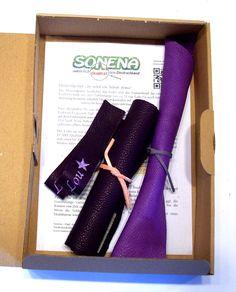 DIY Materialpaket für Lederpuschen - Krabbelschuhe mit hochwertigem pflanzlich gegerbtem Leder aus Deutschland (Ecopell) mit aufgesticktem Namen