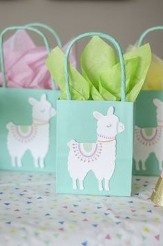 Llama Llama Fiesta door Little Lemon Design Co. Mexican Birthday Parties, First Birthday Parties, Birthday Party Decorations, First Birthdays, Mexican Party, Invitation Fete, Party Invitations Kids, Sprinkle Party, Llama Birthday