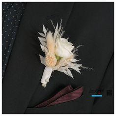 Hochzeit - Anstecker für den Bräutigam mit Trockenblumen und Lisianthus Brooch, Jewelry, Flowers, Jewlery, Jewerly, Brooches, Schmuck, Jewels, Jewelery