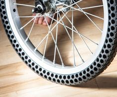 Air-Free Never Flat Bicycle Tires