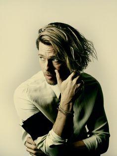 A great portrait of Brad Pitt by Nadav Kander.