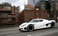 "Koenigsegg CCX matte white (by eGarage.com) """
