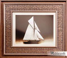 """Quadro """"Barco à Vela"""" (gravura). Formato: 40 x 50 cm. Cód. 67702. contato@moldurartegaleria.com.br — em Moldurarte Galeria."""