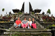 On the slopes of Mount Agung is PURE BESAKIH, the most important and holiest Hindu Temple on the island, known as the mother of all Temples on the island of Bali. Built in the XIV century, which are 22 Temples amounting to over a shaft connected with stepped terraces and stairs. The main Temple, Pura Agung Penataran, sits on the higher end of the shaft.